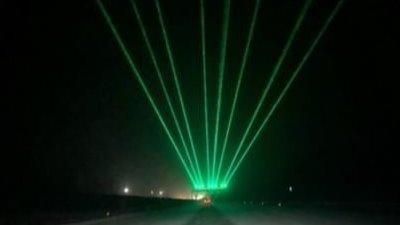 高速路上的绿色激光是干什么的?很多车主都不清楚,看完涨知识了