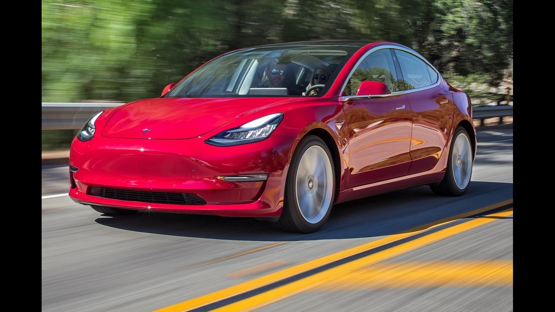 9月新能源车销量飞涨 特斯拉为何再降价?
