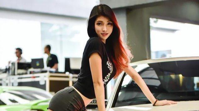 """马来西亚潜水小姐""""小沙漏""""身材迷人腰 比韩国车模还性感"""