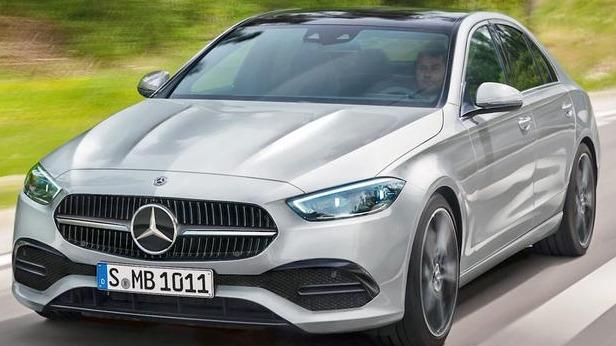 德国车媒基于已曝光的谍照绘制出新款奔驰C级效果图