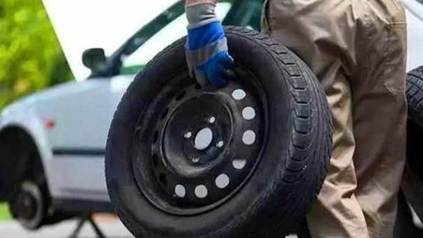 为什么不建议20万以下车辆更换原车轮胎了解一点常识