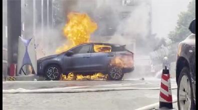 小鹏P7自燃事故尚未出结果 小鹏G3又在充电站自燃